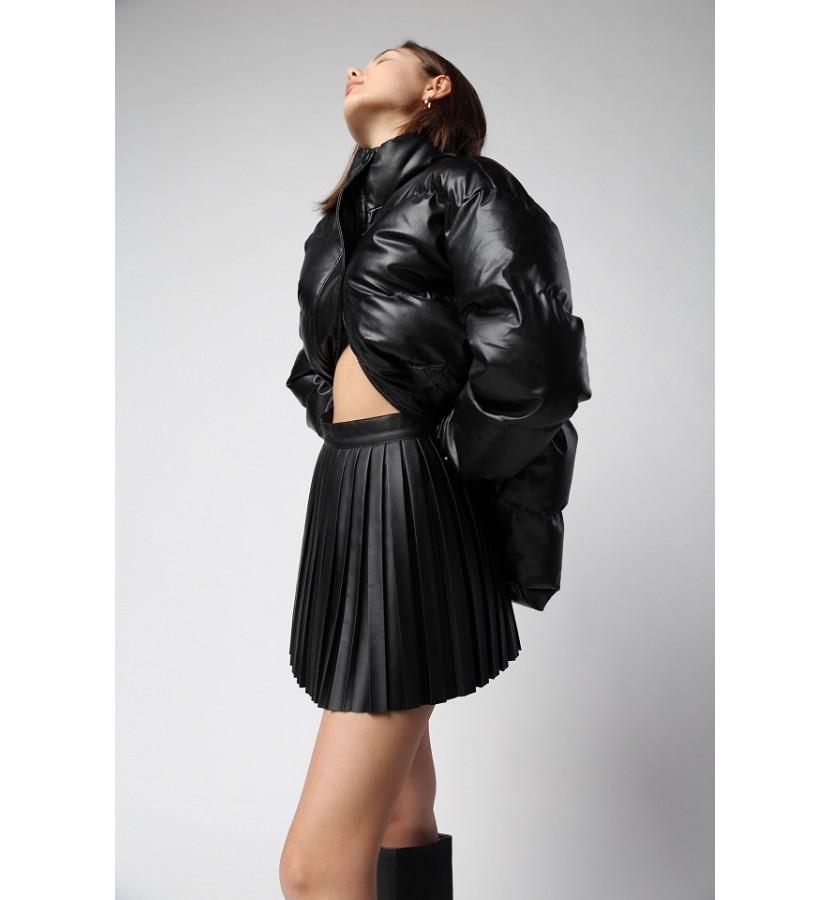 Куртка свободного кроя с накладными карманами и поясом