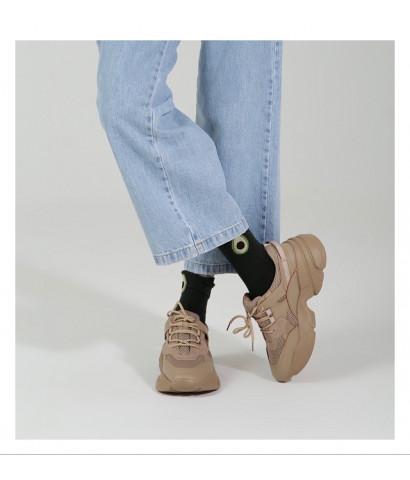 Кроссовки с обьемной подошвой