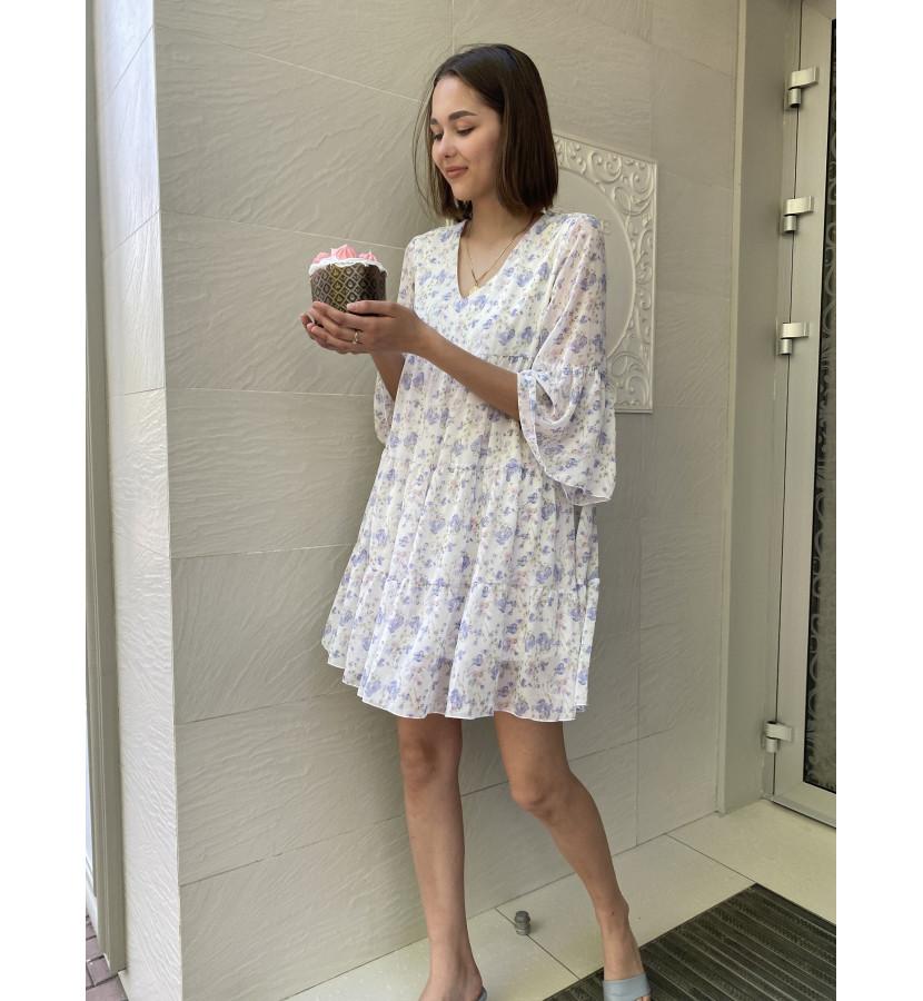 Платье А - силуэта с воланами в мелкий принт