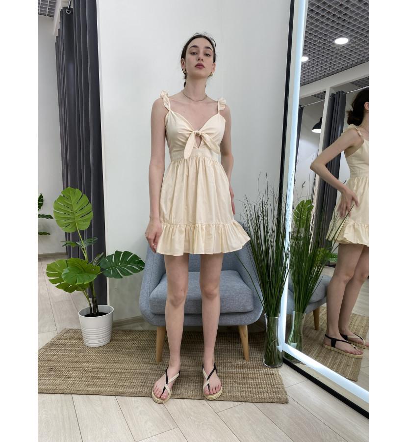 Платье мини с бантом на груди