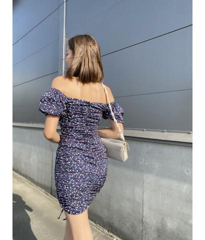 Платье на завязках в мелкий цветочек с открытыми плечами