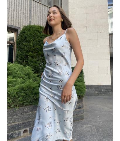 Платье - комбинация в нежно голубом цвете с принтом в цветочек