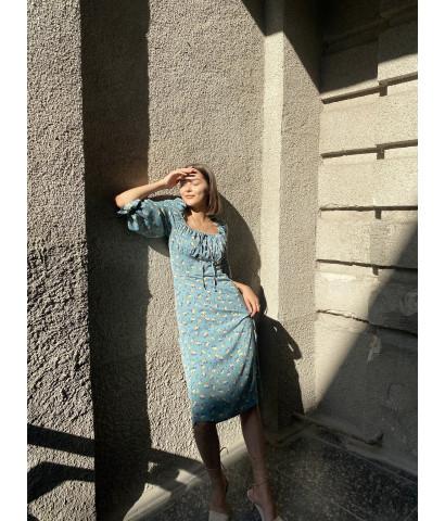 Платье миди с разрезом и рукавами 3/4 в принт мелкий цветочек