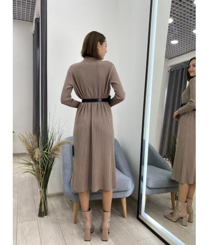 Платье трикотажное в крупный рубчик