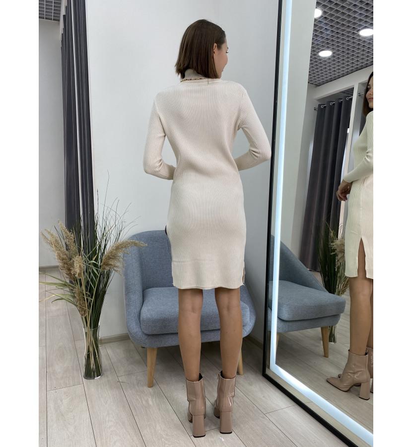 Платье трикотажное укороченное в рубчик