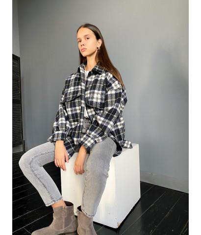 Рубашка из плотной ткани в клетку, свободного кроя