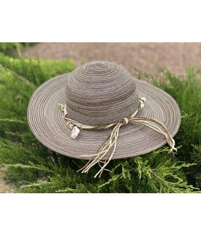 Шляпа с ракушками