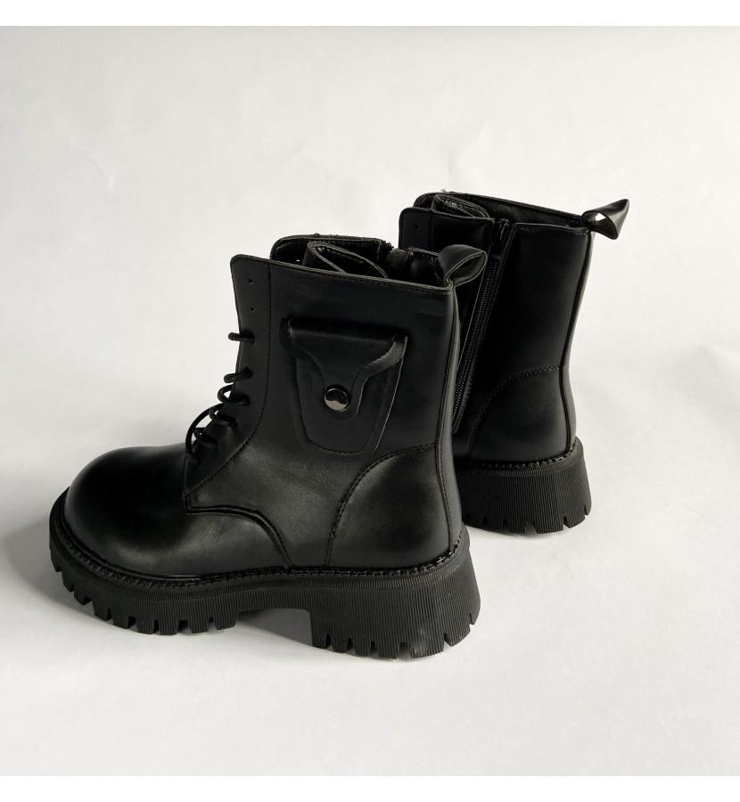 Ботинки на шнуровке, мини карман на заклепке