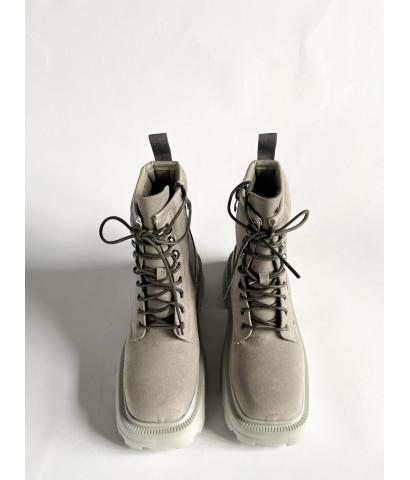 Ботинки из эко - замши с квадратным носом